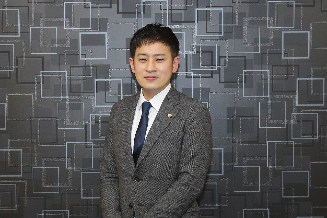 代表弁護士 小林 幸平(こばやし こうへい)